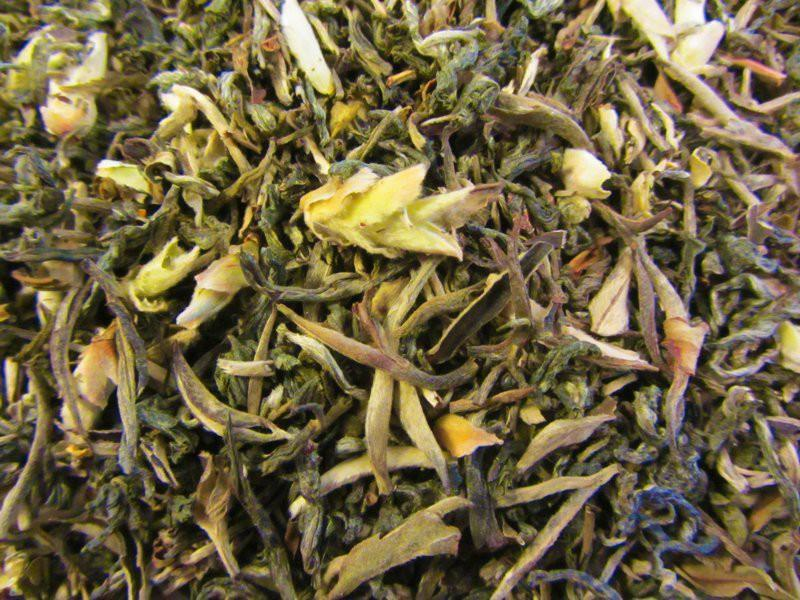 Grüner Drache Wilder Tee